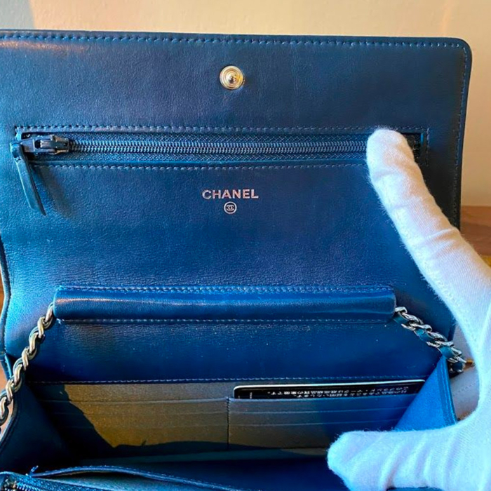 Chanel Camelia Wallet on Chain Blauw