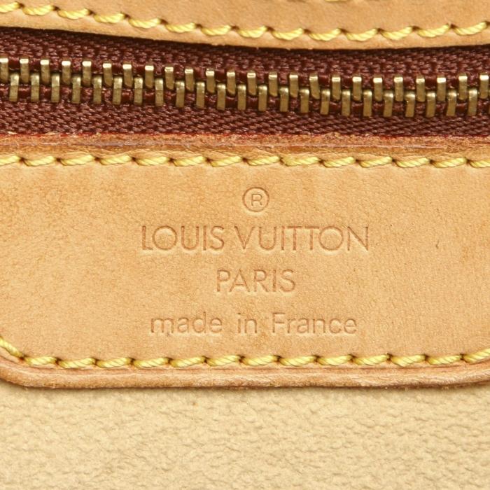 Louis Vuitton Cite GM. Gemaakt van bruin monogram canvas.