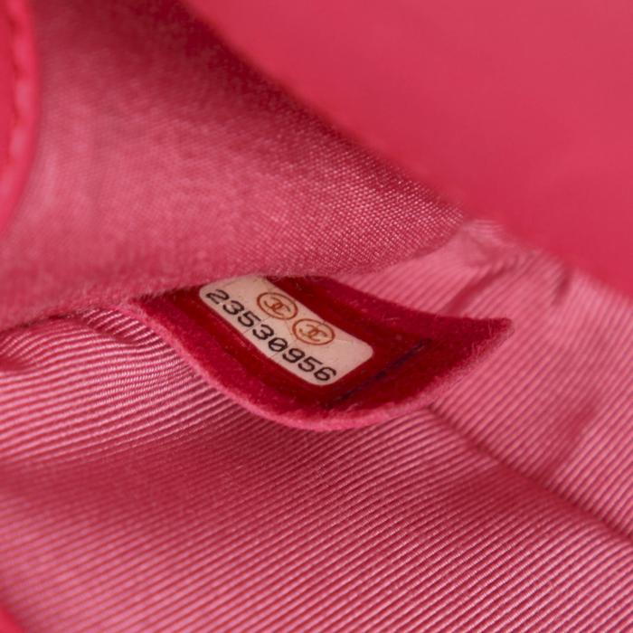 Chanel Small Boy Flap Bag. Gemaakt van rood lamsleer.