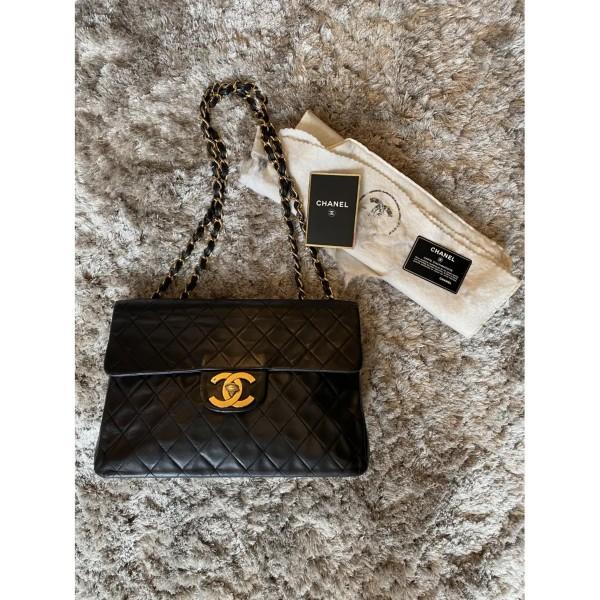 Chanel Vintage Maxi Jumbo