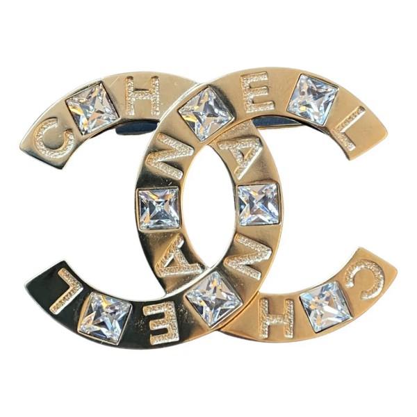 Chanel Broche met CC Logo